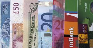 Najlepsze konta walutowe, czyli bezkosztowe płatności kartą w dowolnym miejscu na świecie
